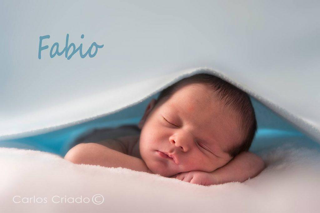 Fotografía de bebe en extremadura, autor Carlos Criado